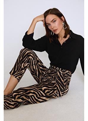 Quzu Zebra Desenli Beli Kuşaklı Pantolon